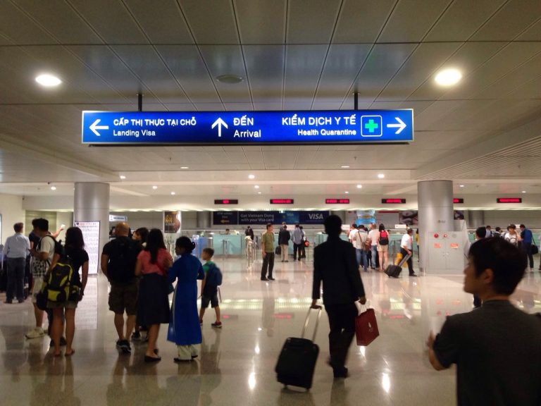 2020 Guidance Of Getting Visa On Arrival At Tan Son Nhat Airport