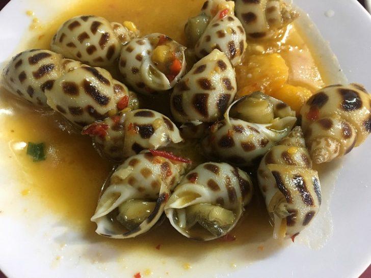 """""""โฮจิมินห์"""" กินสนุกมาก ชวนลอง """"สารพัดหอย-อาหารสตรีท"""" คอลัมน์ เคี้ยวตุ้ย ตะลุยกิน"""