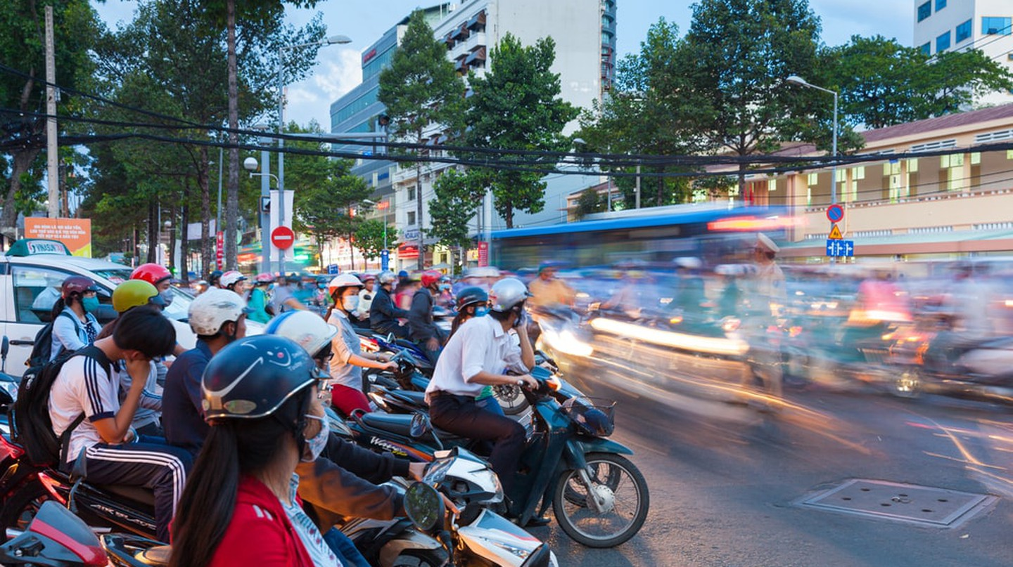 GUIDE TO TRAVEL VIETNAM ON A MOTORCYCLE 2020